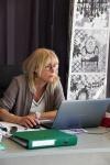Christiane en plein travail sur l'A.E.I.